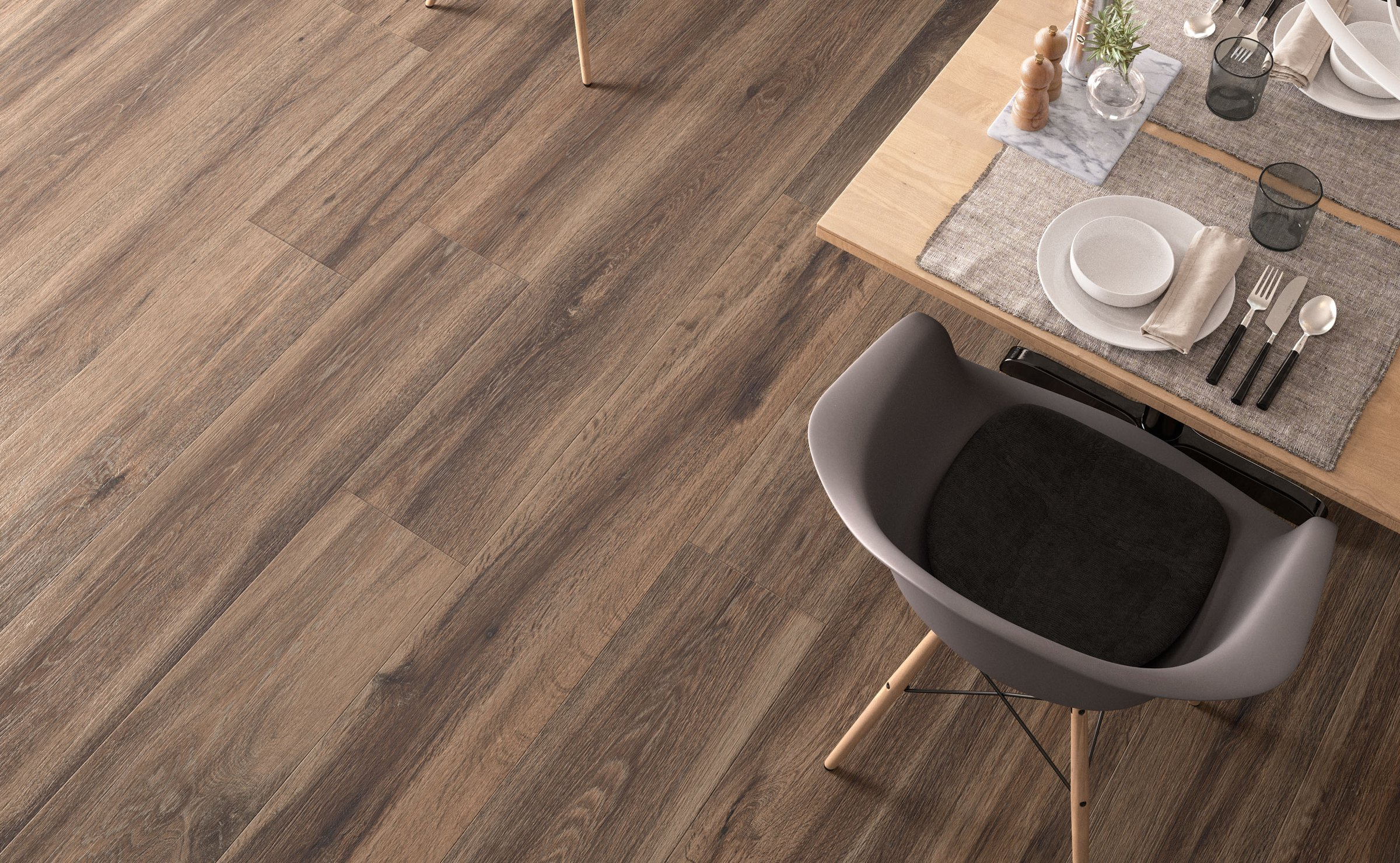 Barkwood: wood effect stoneware flooring