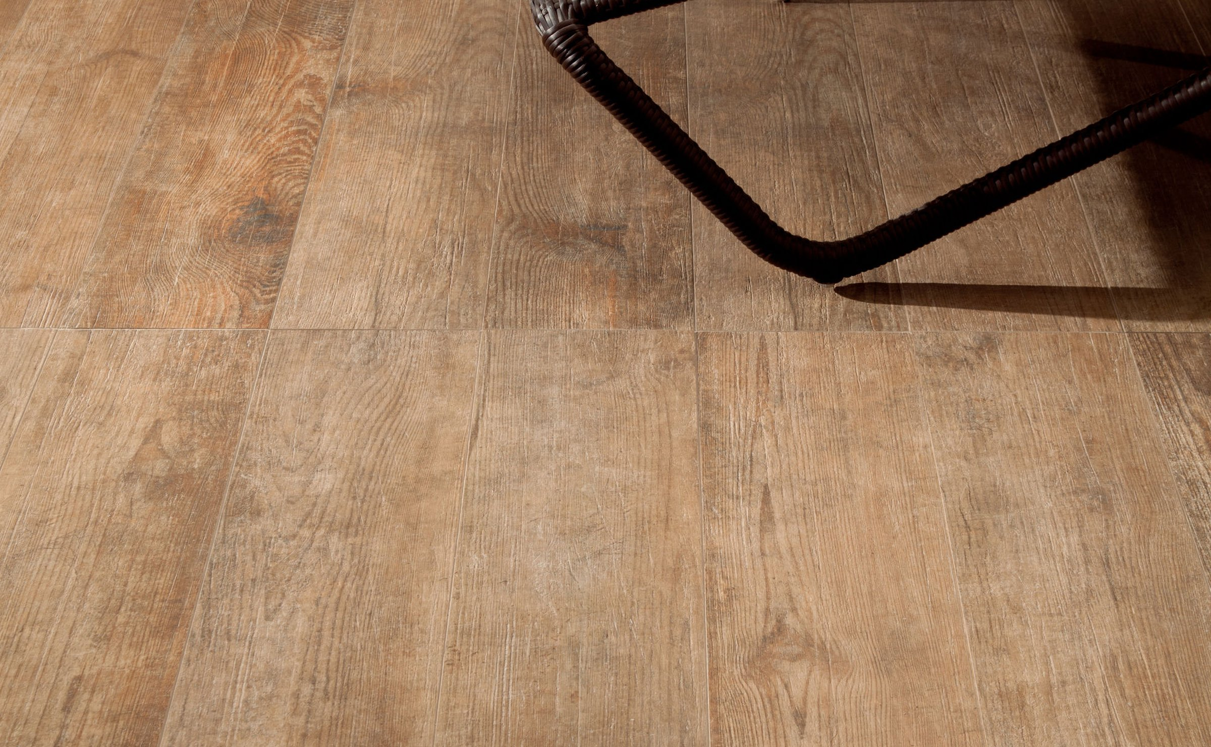 Nature: wood effect tiles