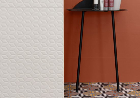 Spring: porcelain bathroom tiles